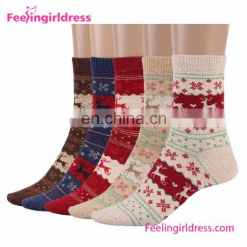 Colorful 5PC Winter Warm Gift Xmas Cheap Winter Socks