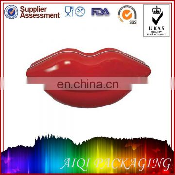 lip shaped tin for candy /chocolate